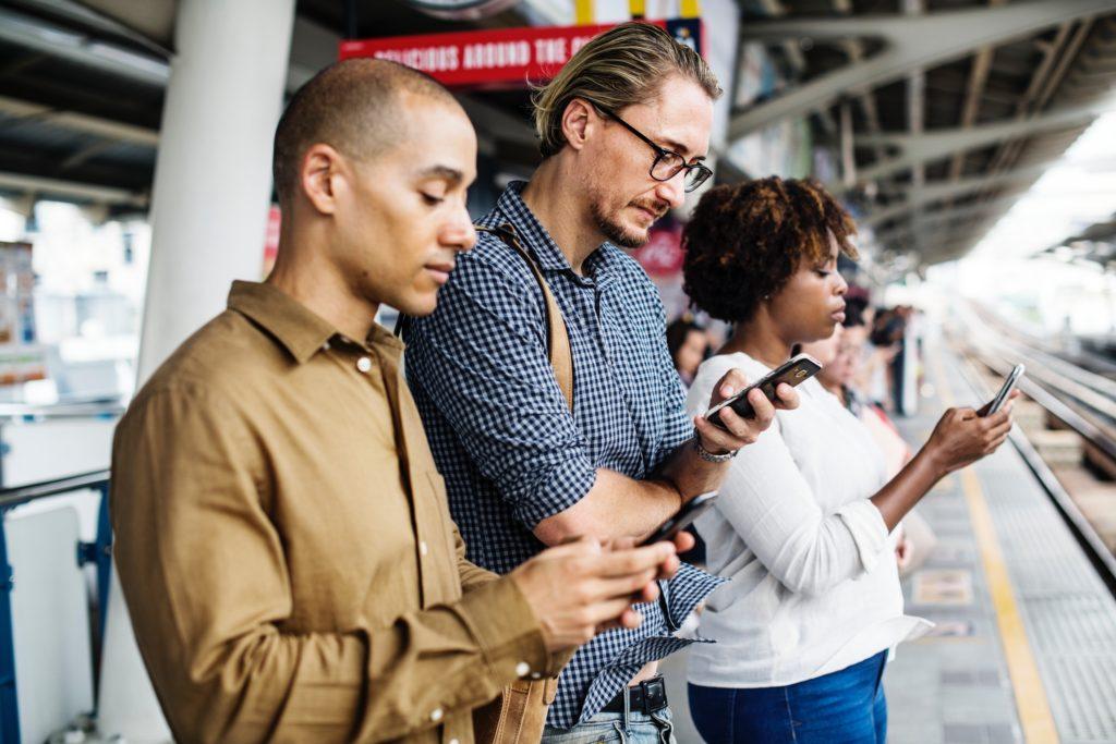 kommunikation zwischen kunden und unternehmen social media